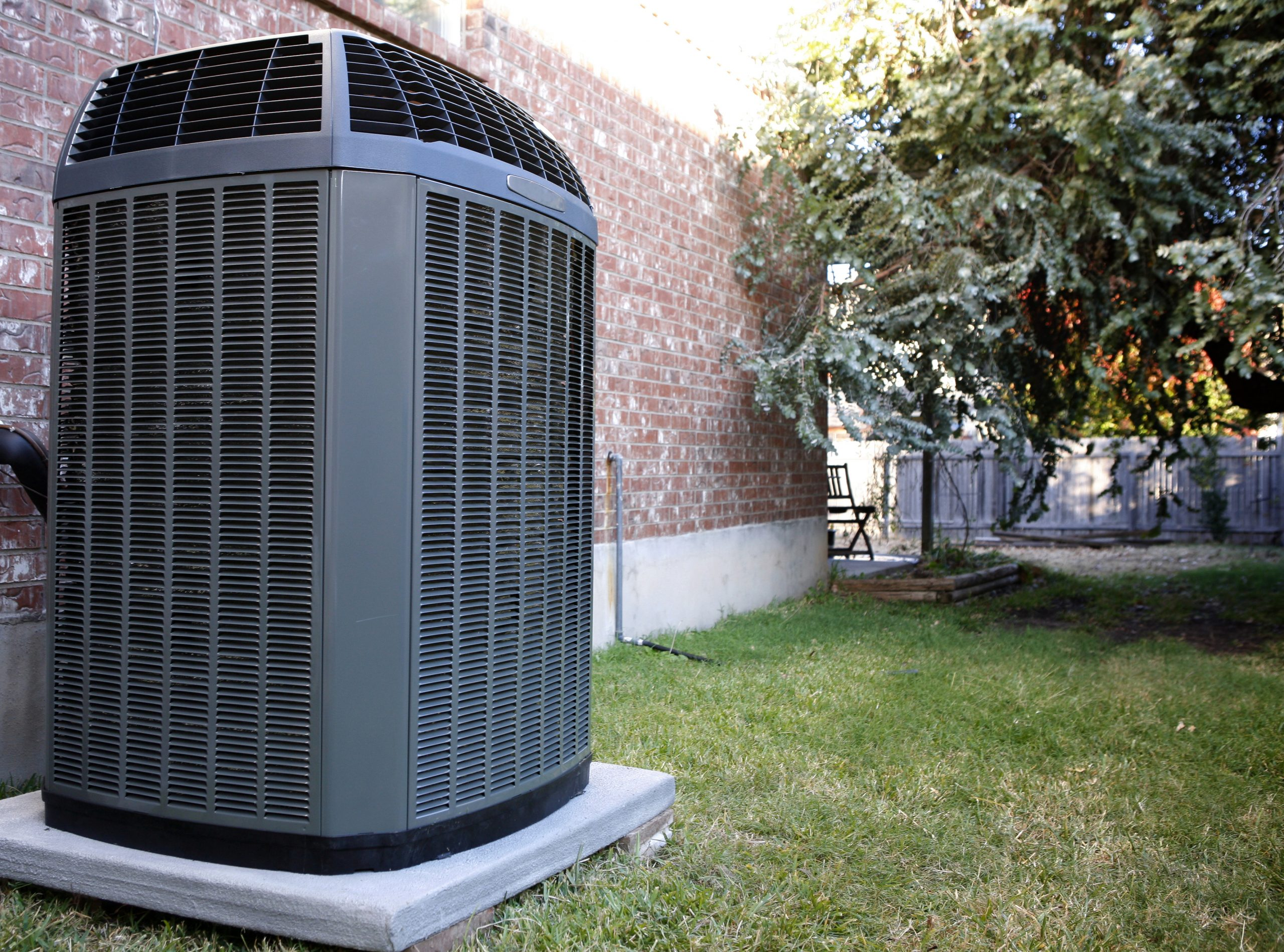 4 Headaches You Can Avoid Simply by Selecting the Right Commercial HVAC Contractor