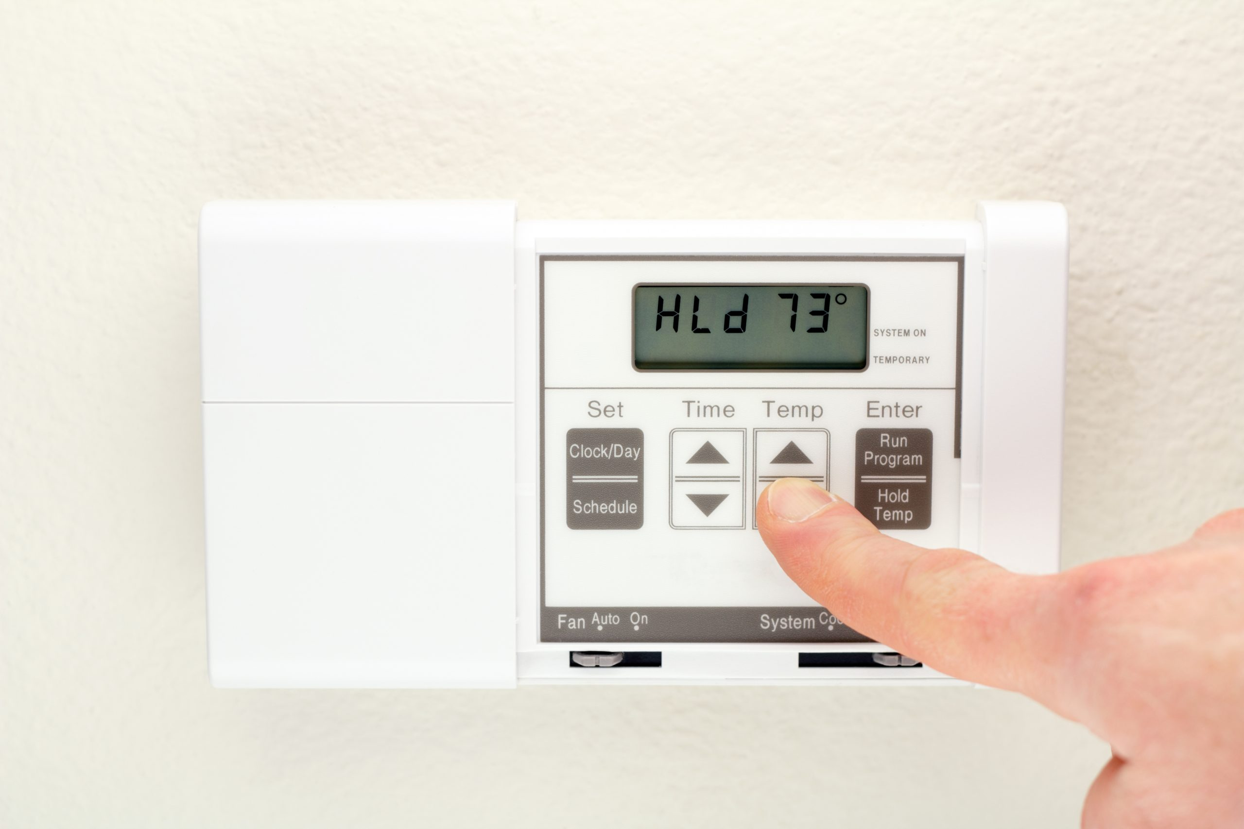 3 Vacation Tips for Controlling Energy Costs at Home
